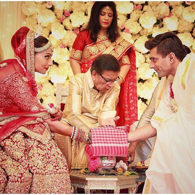 Bipasha Basu's wedding