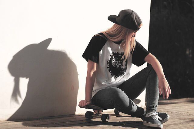 Skater outfit | Cute tomboy style in 2019 | Skater girl ...