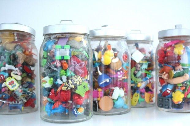 Rangement petits jouets style kindersurprise