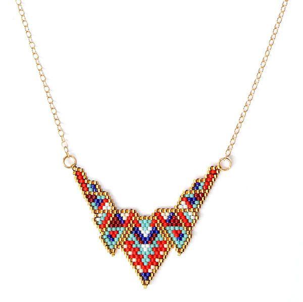 """Collier mi-long ethnique chic """"V Colors"""" : Collier par amy-jewels"""