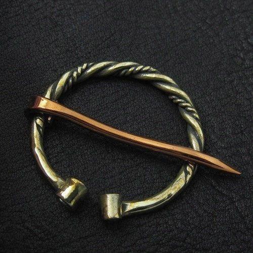 Bronze fibula. Viking brooch. by Sulik on Etsy
