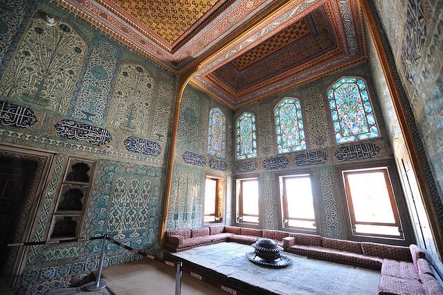 Topkapi Palace, Harem Princes Room (chamber off of main hall)