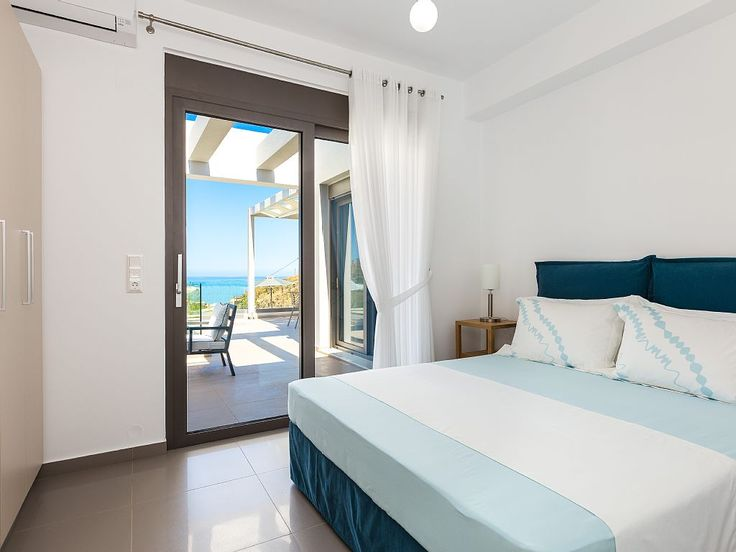 Rethymno villa rental - All rooms are air conditioned and feature quality mattresses!