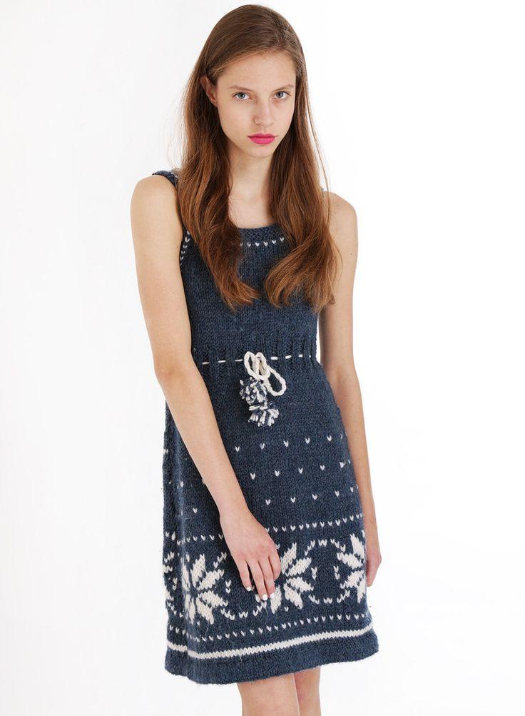 Dress: http://retrock.com/products/dress-57