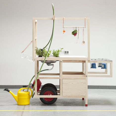 Anna Rosinke and Maciej Chmara has won the top prize at the inaugural NWW Design Awards at Vienna Design Week. Super!