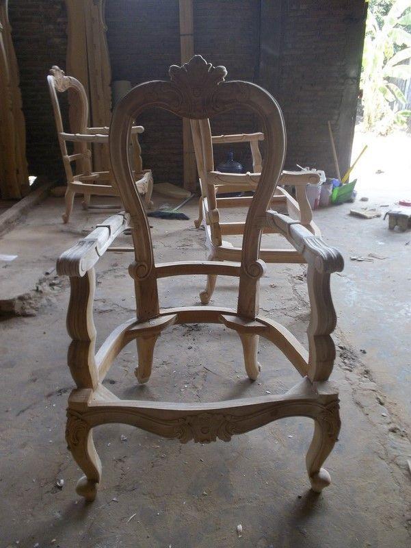 Les 29 meilleures images du tableau fauteuil baroque blanc louer ou acheter sur pinterest - Carcasse de fauteuil a restaurer ...