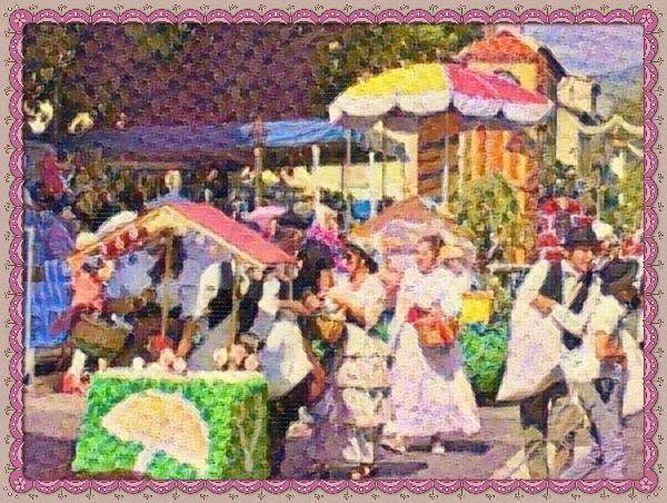 """Le corso de l'italien corso (""""cours défilé"""") est un cortège de chars fleuris se déroulant en plein air et marquant généralement l'arrivée des beaux jours. À Digne-les-Bains le Corso de la Lavande voit le jour en 1929. La première édition vise à mettre en valeur la production de lavande socle économique du territoire provençal. Interrompu par la Seconde Guerre mondiale le Corso de la Lavande revient en 1945 sous une forme régulière. Aujourd'hui c'est une grande fête qui se déroule sur cinq…"""