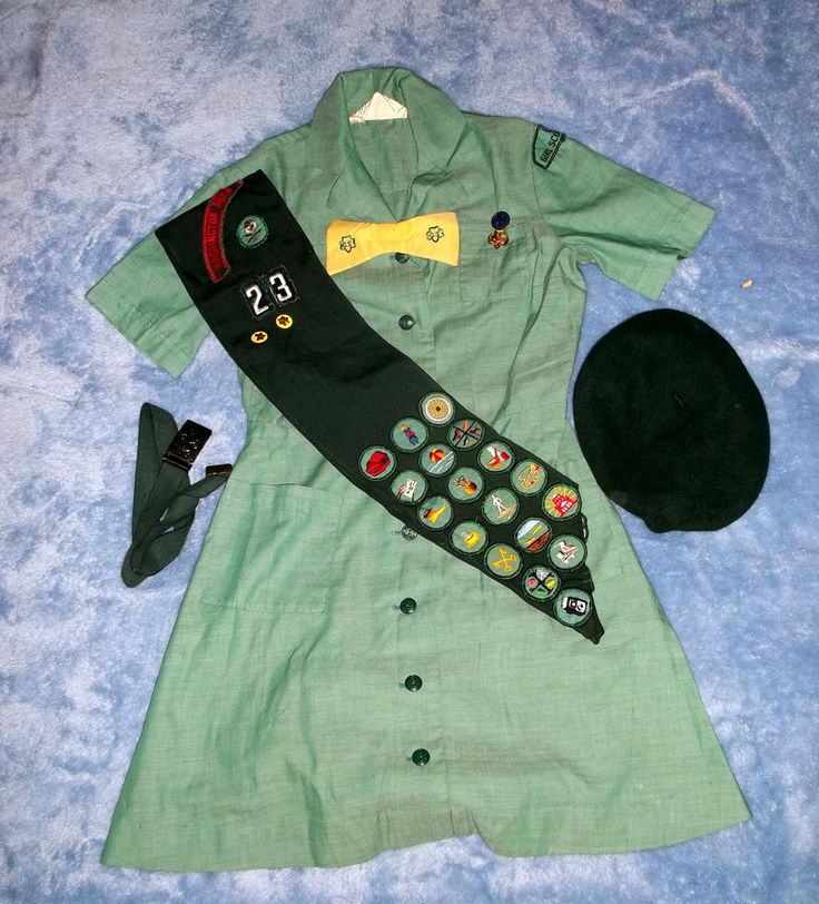 Vintage 70's Girl Scout Uniform Beret Sash Bow Tie Belt Pins Badges