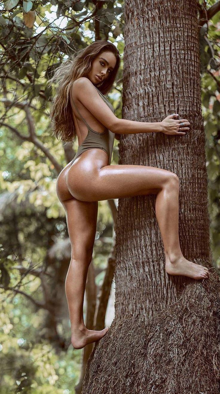 pocahontas girl ass naked