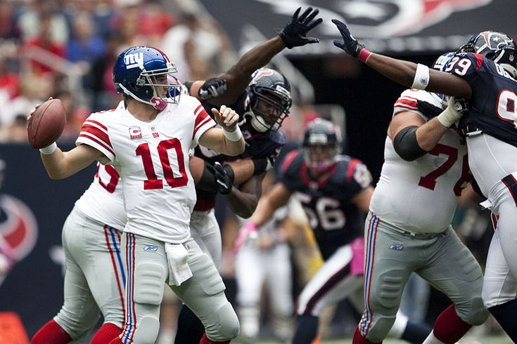 ESPN Analysts Believe NY Giants Won't Make the Playoffs This Season (photo credit: AJ Guel)