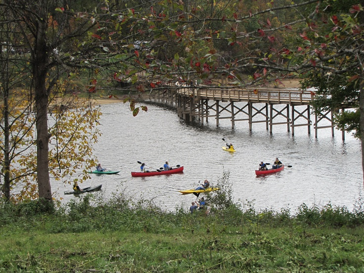 Kayaking on Stonewall Resort Lake
