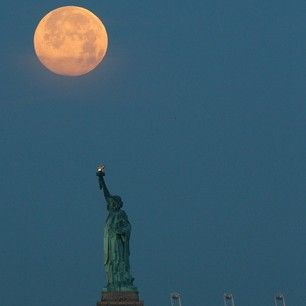 The best vines and instagrams of the supermoon