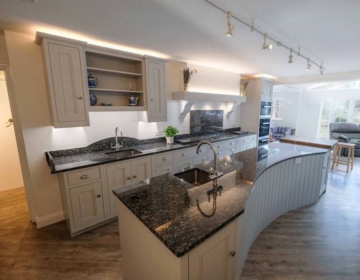 One of our favourite recent installations - with beautiful sapphire brown granite
