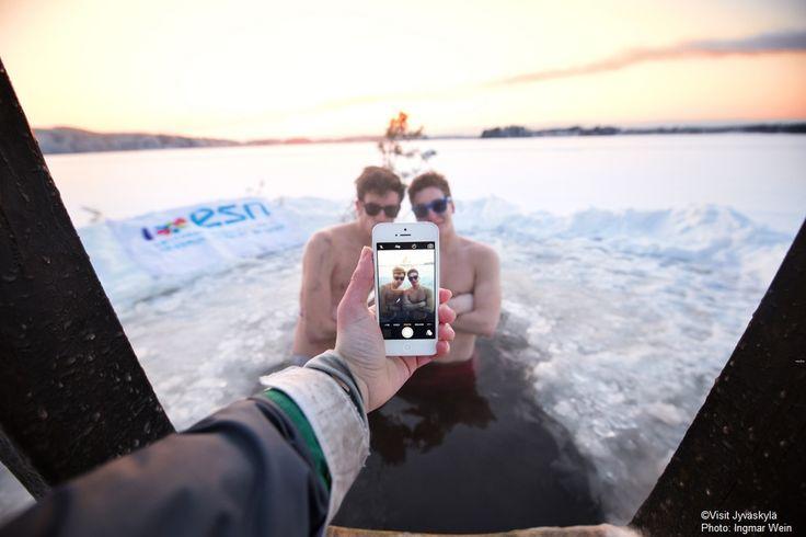 Ice swimming. ©Visit Jyväskylä Photo: Ingmar Wein.