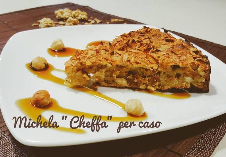 Croccantina:+torta+ai+Flakes+di+farro+integrale+ed+avena+con+acqua+di+cocco+e+nocciole!