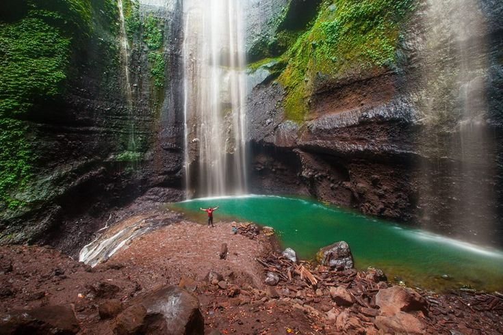 The greates of madakaripura waterfall #madakaripurawaterfall #liburanmurah #bromotour #madakaripurawaterfalltourpackage