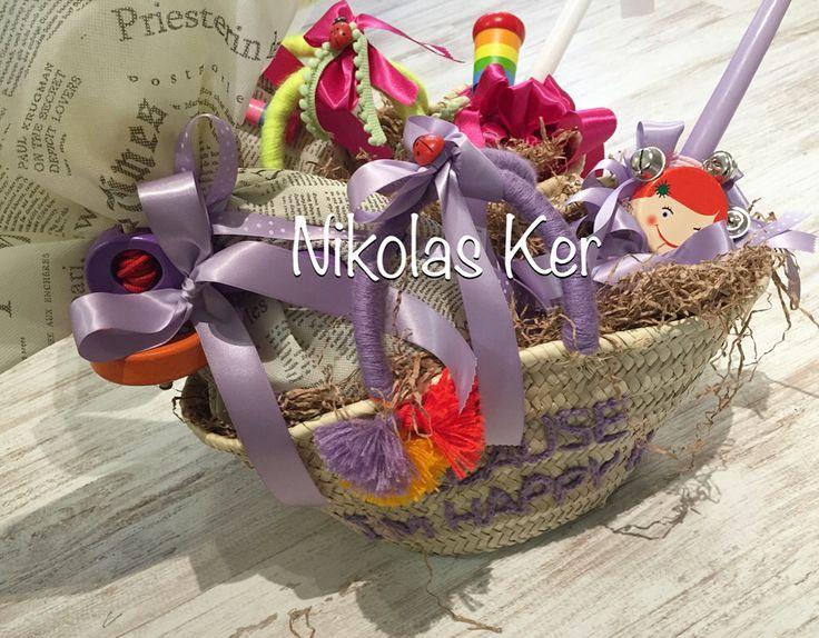 Πασχαλινή ψάθινη τσάντα με σοκολατένιο αυγό, λαμπάδα & ξύλινα παιχνίδια! #πάσχα