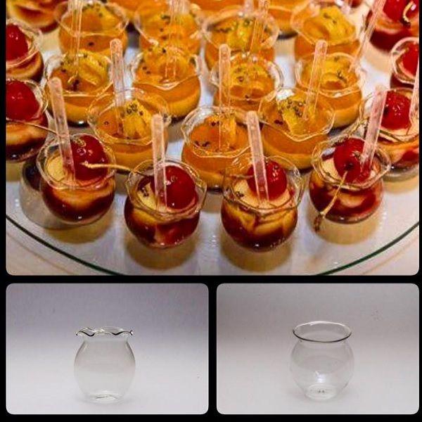 VIDROS PARA DECORAÇÃO DE FESTAS Vasinho para doce Petit verre temos 2 tamanhos. Caixa com 50 unidades. Acesse nossa loja www.artesanatoddd.com.br #docecasamento #doces #petitverre #docesfinos #docesgourmet #mesadedoces #casamentos #casamento #docesparafesta #vasinhos #vasinhosparadoces #potinhoparadoces #vidrosparadecoração #buffet