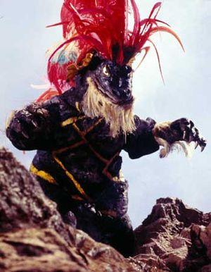 ウルトラマン-37-怪獣酋長ジェロニモン