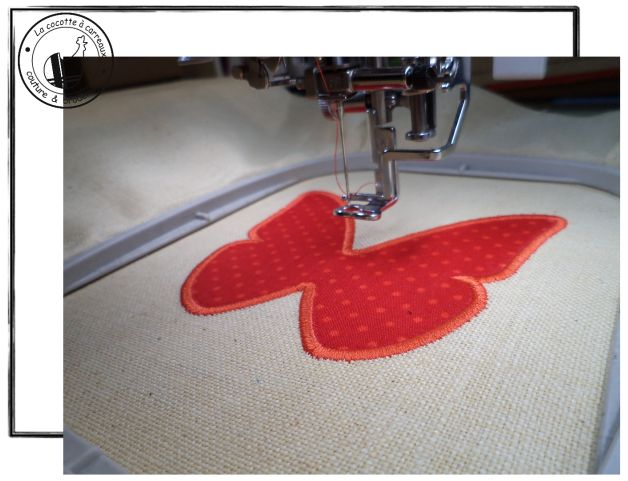 Broderie machine à télécharger - appliqué papillon 2