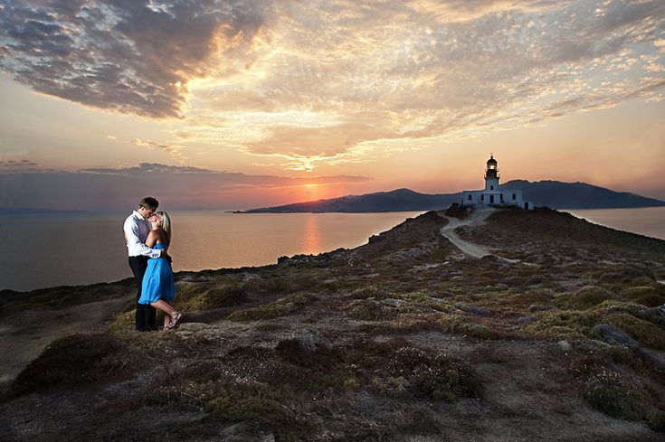 Engagement session in Mykanos, Greece