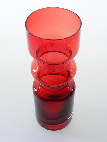 Aseda red cased glass vase designed by Bo Borgstrom