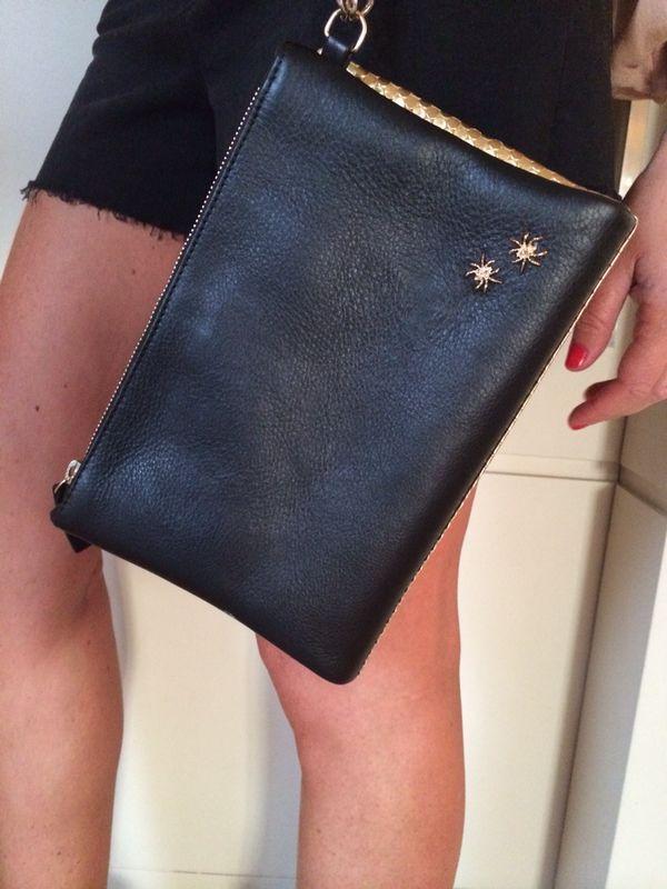 @alessiamarcuzzi #alessiamarcuzzi www.lapinella.com #bags #monica #itbag #durval #blonde #lapinella #fashionblogger #black @gold  #nero #oro #pochette #clutch #lapinella #moda #fashion #iloveshopping #instagram #facebook #beautifulgirl #itgirls #outfit