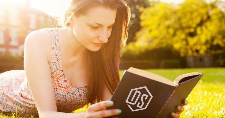 În articolul acesta vei găsi lista de cumpărături pentru cărțile ce trebuie să le citești în 2018.  #DigitalSuperhero