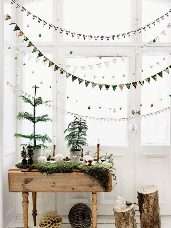 simplistic christmas decoration