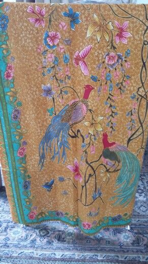 Tulis bird sarong