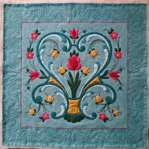 Google Image Result for http://www.generations-quilt-patterns.com/images/rosemaling-quilt-pattern-01.jpg