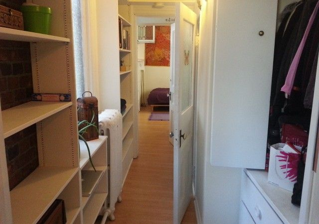 One Bedroom Kingston Apartment For Rent 102 Wellington St Apartments For Rent One Bedroom One Bedroom Apartment