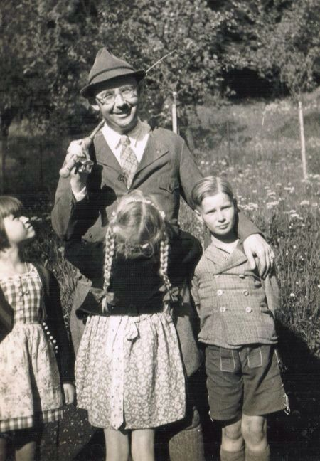 Heinrich Himmler with daughter Gudrun, son Gebhard and one of Gudrun's friends