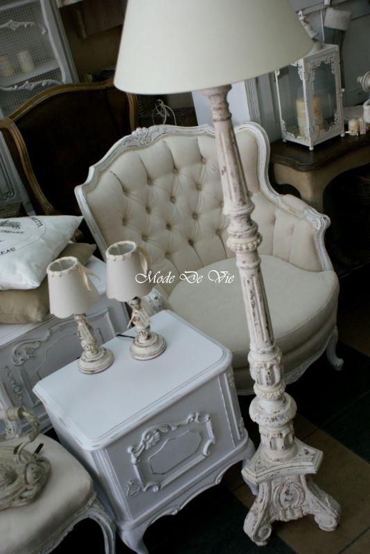 Biała Ogromna Dama, lampa Drewniana - Nasze meble - Nasza galeria - Mode De Vie