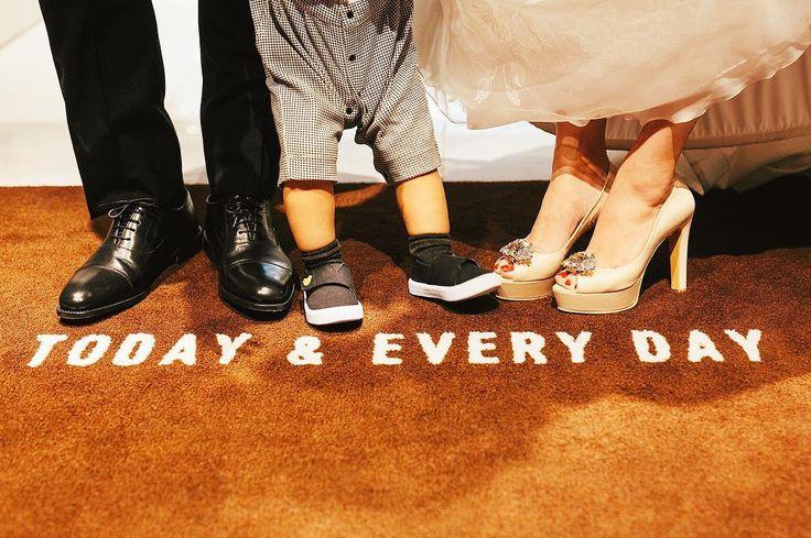 . wedding shoes . . shoes⋆Jacqueline . . photo by @fukuoka_laviephotography . . #QUANTIC#quanticwedding#quanticdress#photography#weddingphotography#wedding#weddingdress#weddingshoes#shoes#love#instagood#クアンティック#ウェディングドレス#ウェディング#ウェディングシューズ#プロポーズ#結婚#結婚式#結婚式準備#天神#福岡#プレ花嫁#福岡花嫁#卒花#2017夏婚#2017秋婚 . @nonoolim_enprive http://butimag.com/ipost/1497045581561678735/?code=BTGkwZVjUuP