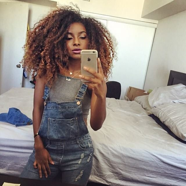 This girl is my inspiration! Her vids on YouTube are the bomb if ur a natural hair beauty! Natural Neiicey is her name check her out!✔