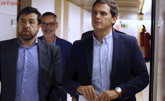 """Albert Rivera rechaza negociar con Pedro Sánchez: """"No vamos a entrar en el bucle"""""""
