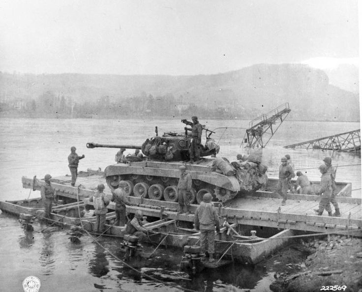 A279 Remagen - First Army's First Engineer Heavy Pontoon Bn., to reach the…