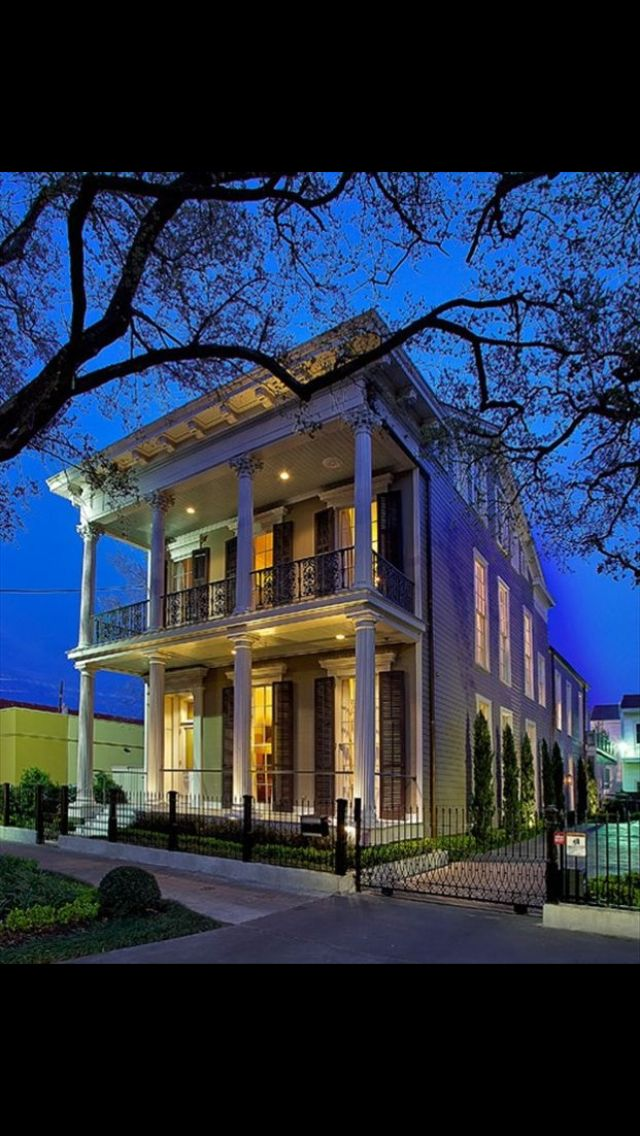 25 best ideas about charleston style on pinterest farm for Charleston side house plans