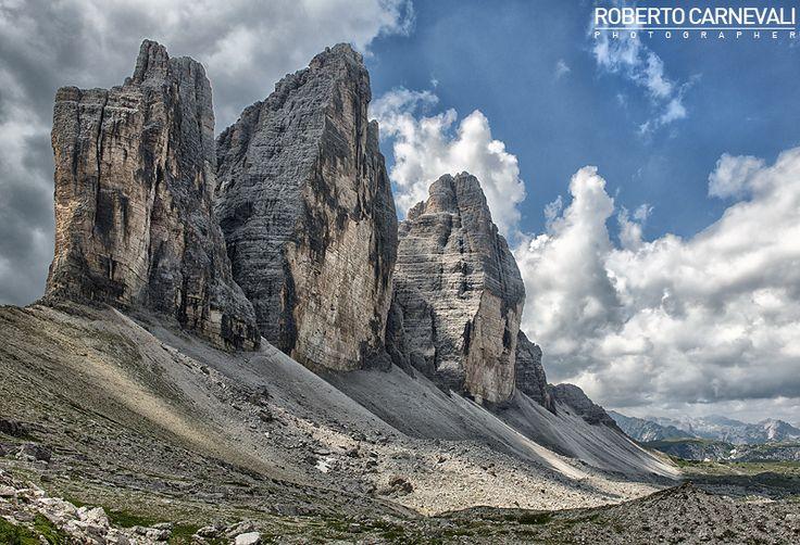 Drei Zinnen - (Le Tre Cime di Lavaredo) | Fotografia di paesaggio di montagna nelle Dolomiti di Sesto. Le Tre Cime di Lavaredo in tutto il loro splendore. | © Roberto Carnevali