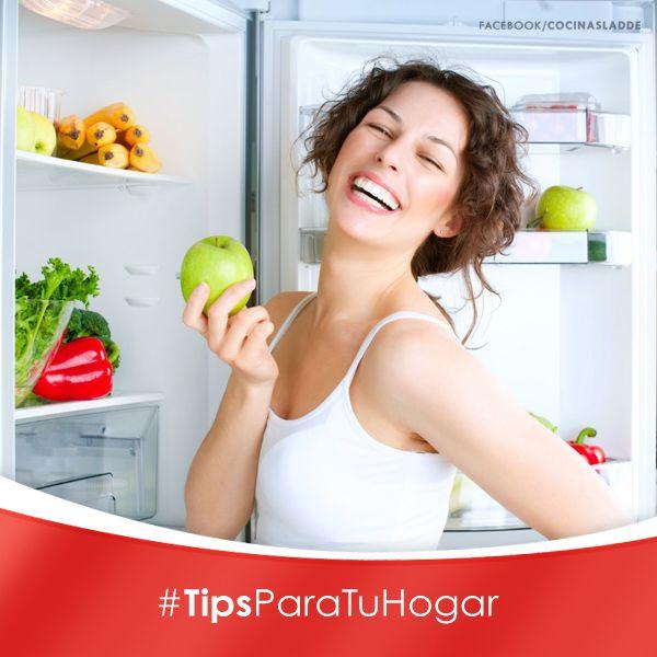 Sabías que... La temperatura ideal para mantener nuestros alimentos y evitar su descomposición es de 8°C en el refrigerador y 2°C en el congelador.   #Tips #Refrigerador #Temperatura #Hogar