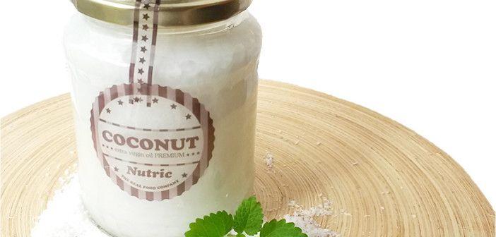 Svatá čtveřice, druhá část – kokosový olej. Zde je druhá z naší série svatá čtveřice. Pojďme se podívat na zoubek kokosovému oleji.