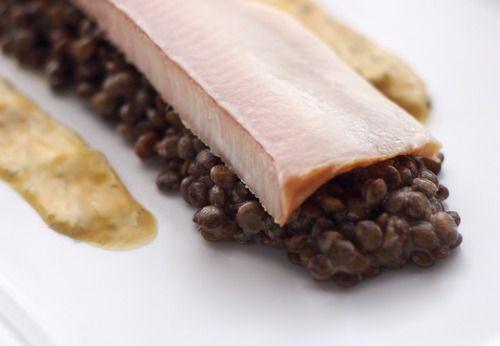 Alb-Leisa-Salat mit geräucherter Forelle