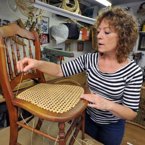 Ремонт и реставрация старой мебели своими руками: перетяжка, покраска, обновление