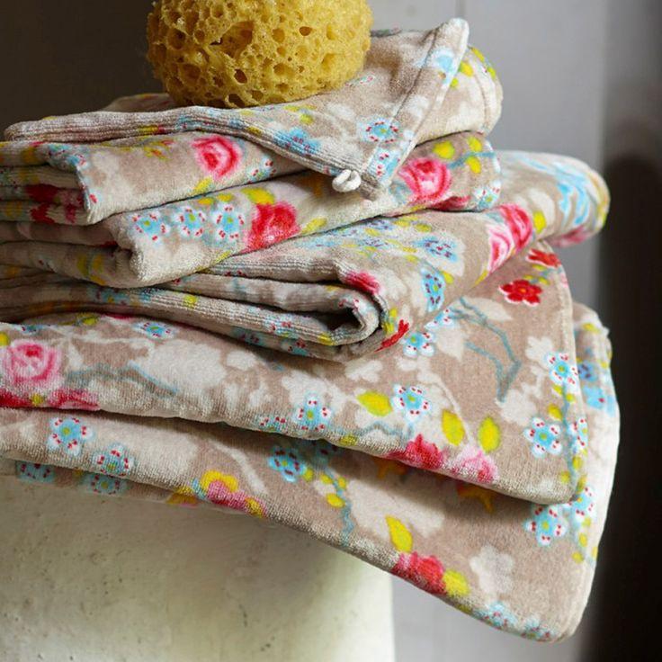 PiP Studio Chinese Blossom Bath Towel, Khaki | ACHICA
