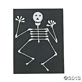 Cotton Swab Skeleton idea by Oriental Traiding - No bones about it - this is the perfect craft for a Halloween party / human body lesson / vertebrate lesson