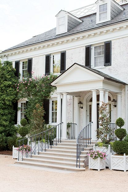 The main house exterior of Chip and Sally Akridge's Maryland estate. Photo by Patricia Lyons. | Garden & Gun