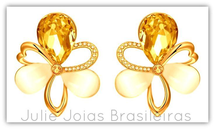 Brincos em ouro 750/18k, topázio imperial, diamante, berilo e quartzo leitoso (750/18k gold stud earrings with imperial topaz, diamond, beryl and milky quartz)