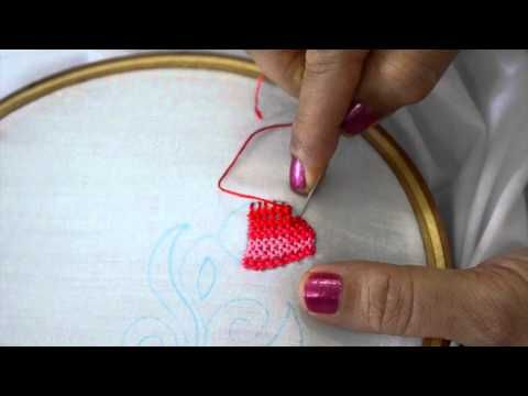 www.textileartsnow.com How to stitch a flower petal with long & short satin stitches. The technique is called thread painting or silk shading. Threads and shades are blended together. In this video, they were used 3 shades of blue.