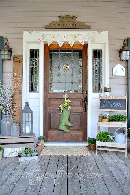 25 Stupendous Front Door Decorations That Will Warm Your Heart